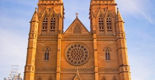 Здание Кафедральноо Собора Девы Марии St Mary Cathedral в Сиднее